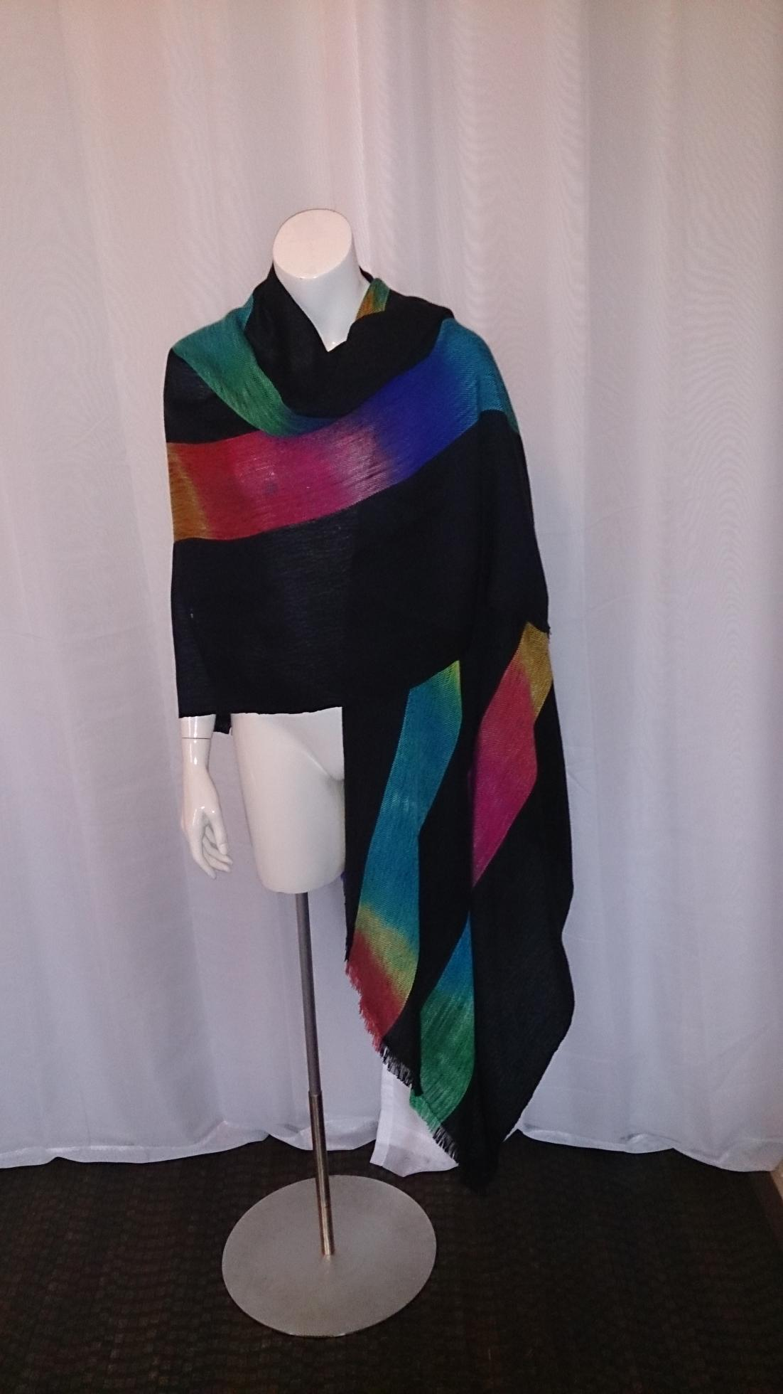 2015-05-30 Weaving Cape Black and Colourful